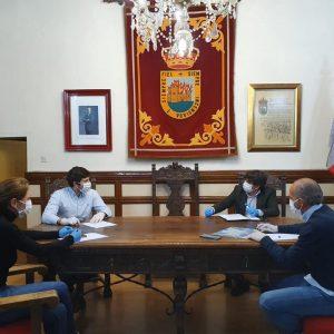 EL EQUIPO DE GOBIERNO SE REÚNE PARA COORDINAR LOS RECURSOS MUNICIPALES DE CARA A LA SEMANA