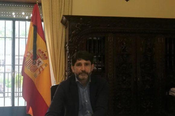 CAMPAÑA DE LIMPIEZA Y DESBROCE DE SOLARES Y PARCELAS URBANAS EN ARENAS DE SAN PEDRO.